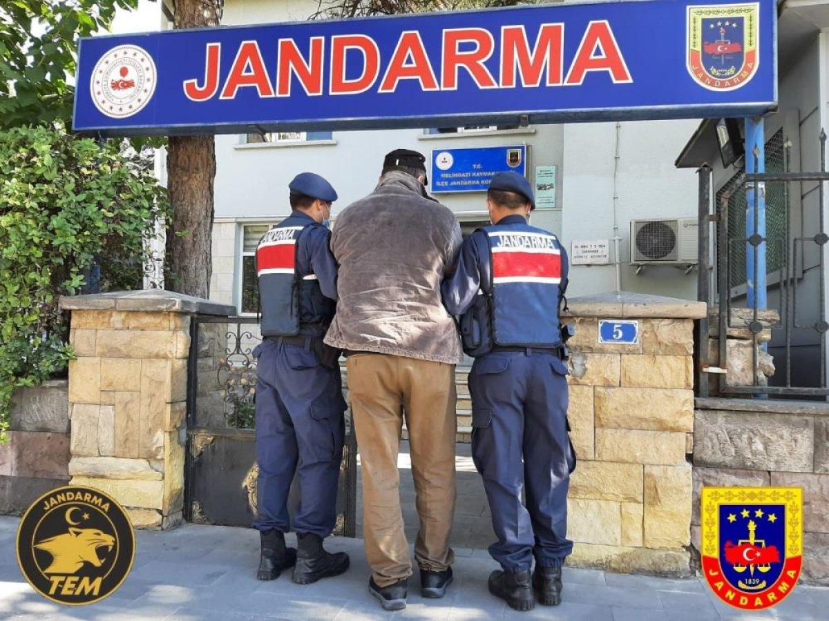 Kayseri de düzenlenen operasyonda bomba uzmanı terörist yakalandı #1
