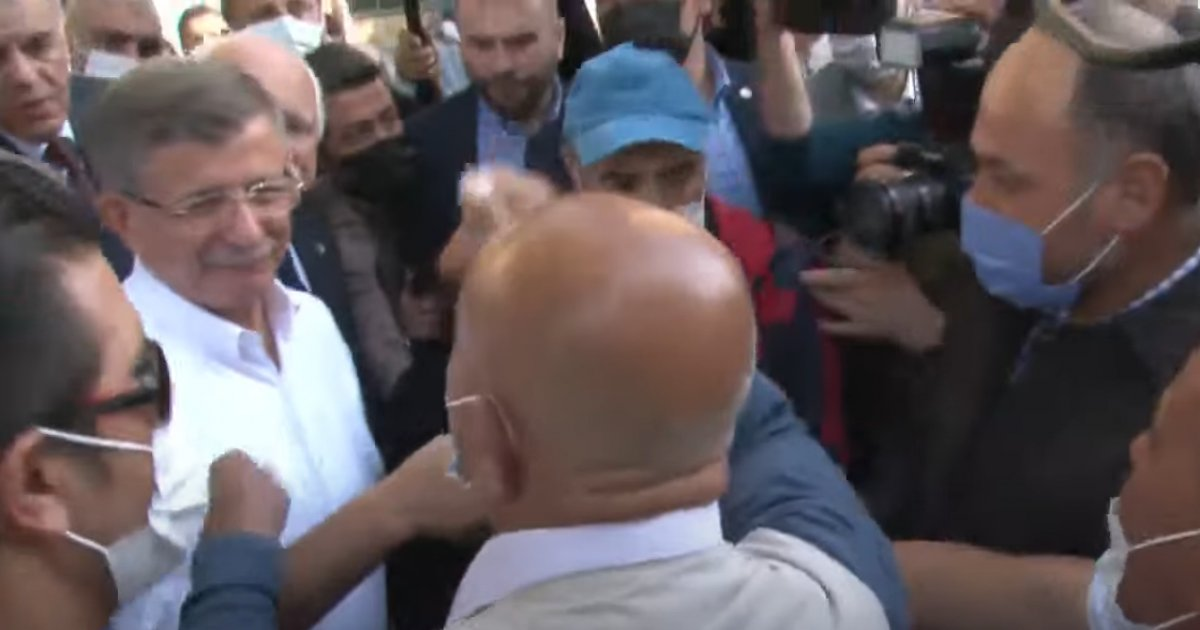Ahmet Davutoğlu na Kayseri de  ihanet  tepkisi #4