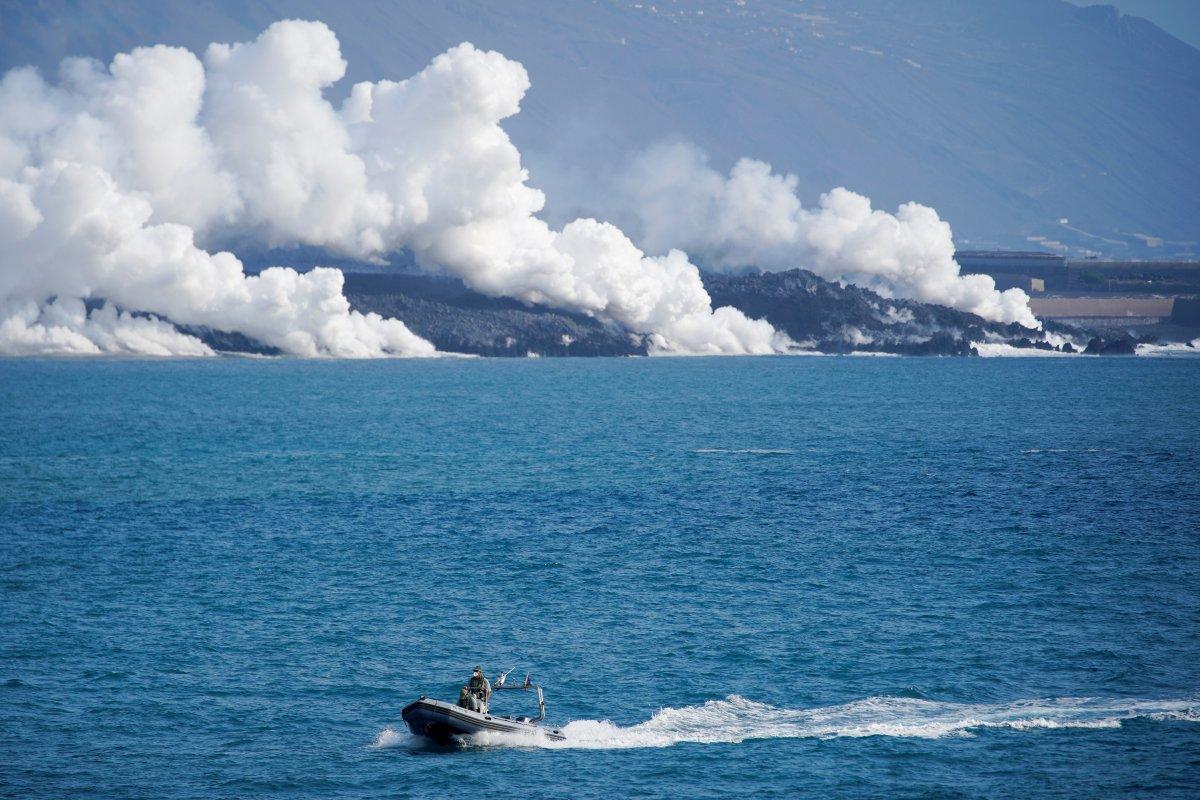 La Palma da lavlar 431 hektarlık alanı kapladı #8
