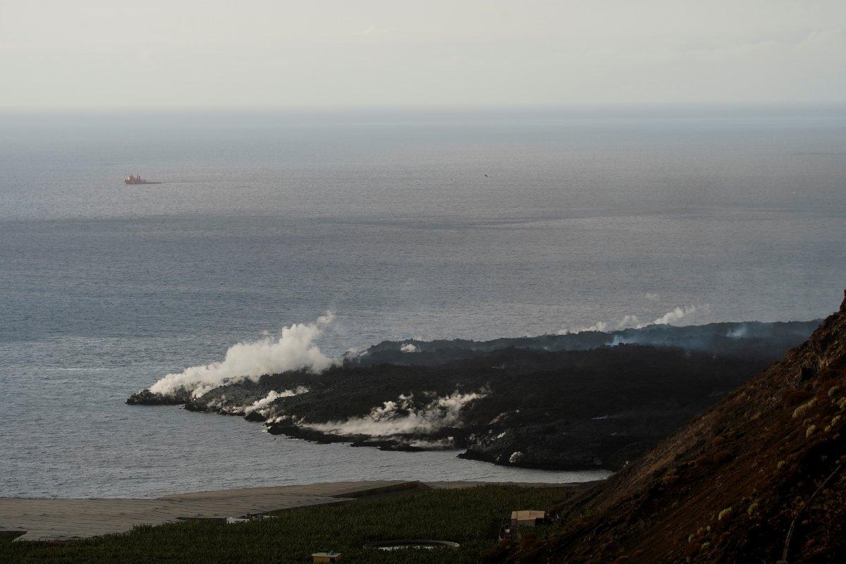 La Palma da lavlar 431 hektarlık alanı kapladı #4