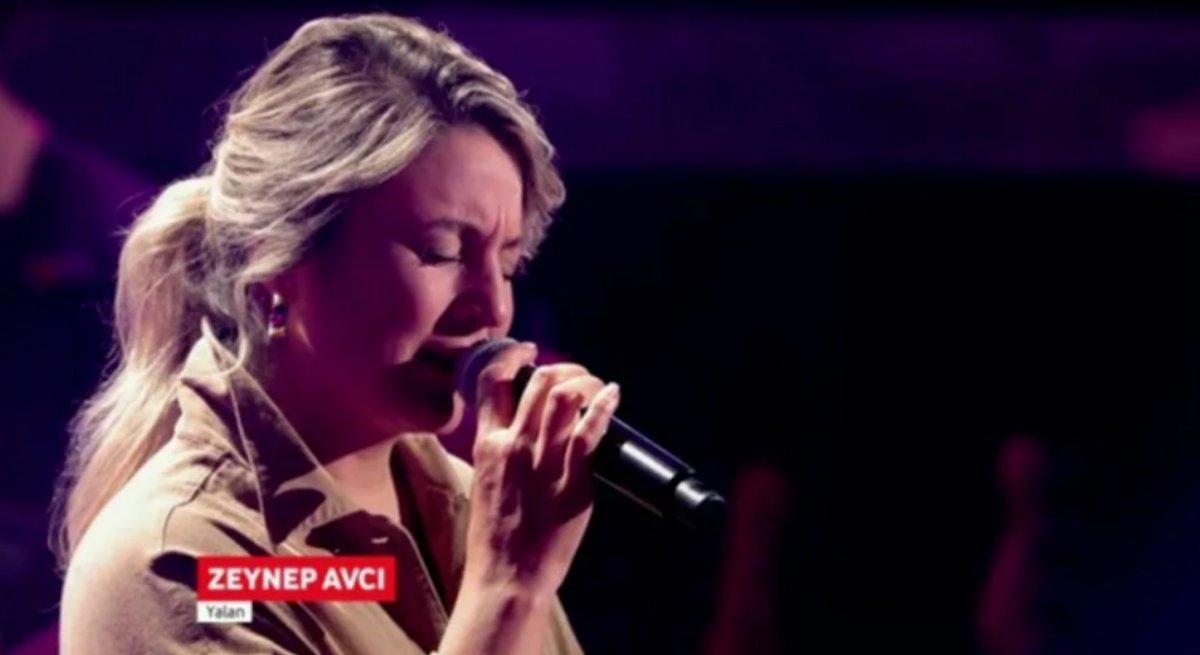 O Ses Almanya da Türkçe şarkı söyleyen Zeynep Avcı, yarışmaya damga vurdu #1