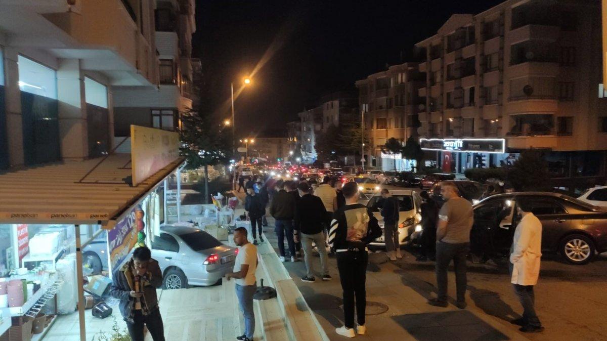 Ankara'da kontrolü kaybetti, hediyelik eşya dükkanına daldı #3