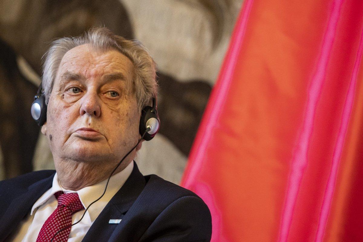 Çekya Devlet Başkanı Milos Zeman hastaneye kaldırıldı  #1