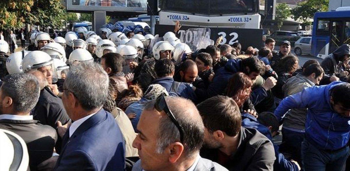 Ankara Garı ndaki anma törenine gölge düşürdüler  #1