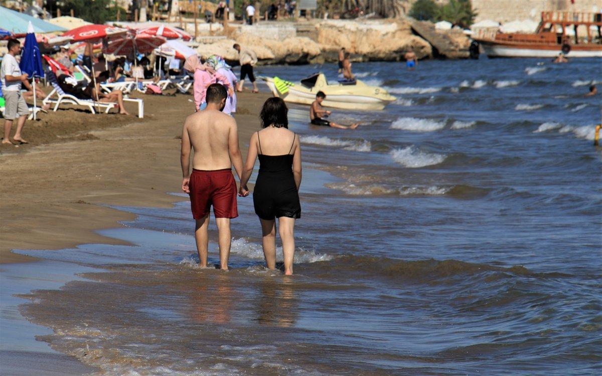Tatilciler Mersin Kızkalesi ne akın etti #3