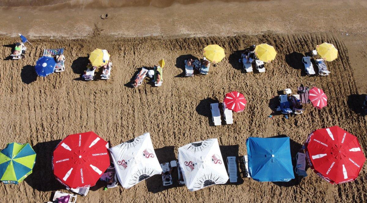Tatilciler Mersin Kızkalesi ne akın etti #1
