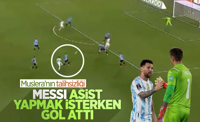 Messi'den Muslera'ya gol