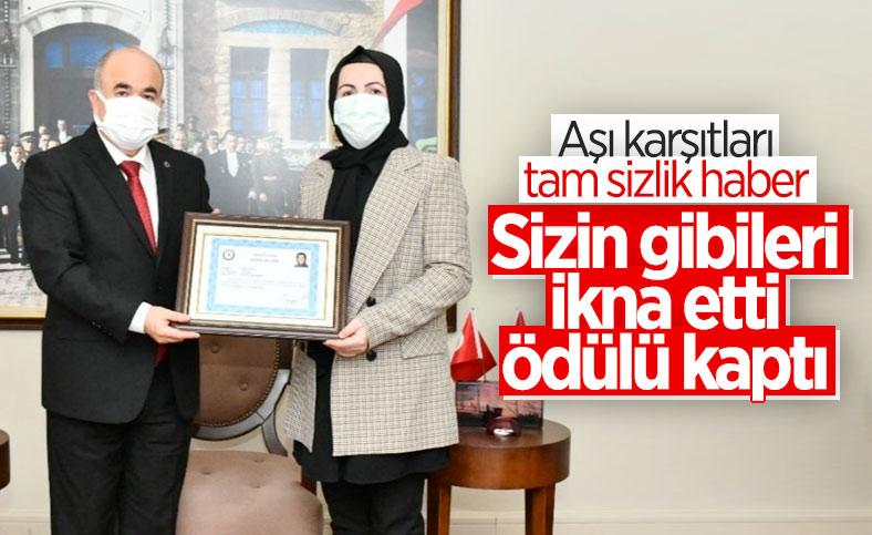 Samsun'da 2 bin kişiyi aşıya ikna etti, başarı belgesi ile ödüllendirildi