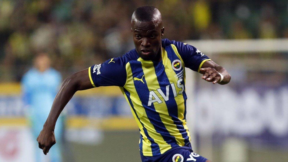 Fenerbahçe ye Enner Valencia dan kötü haber #1