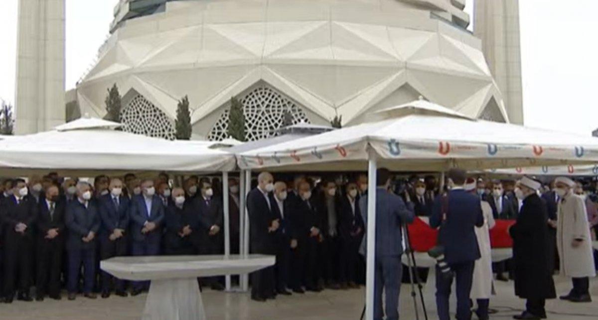 AK Partili İsmet Uçma ya veda #2