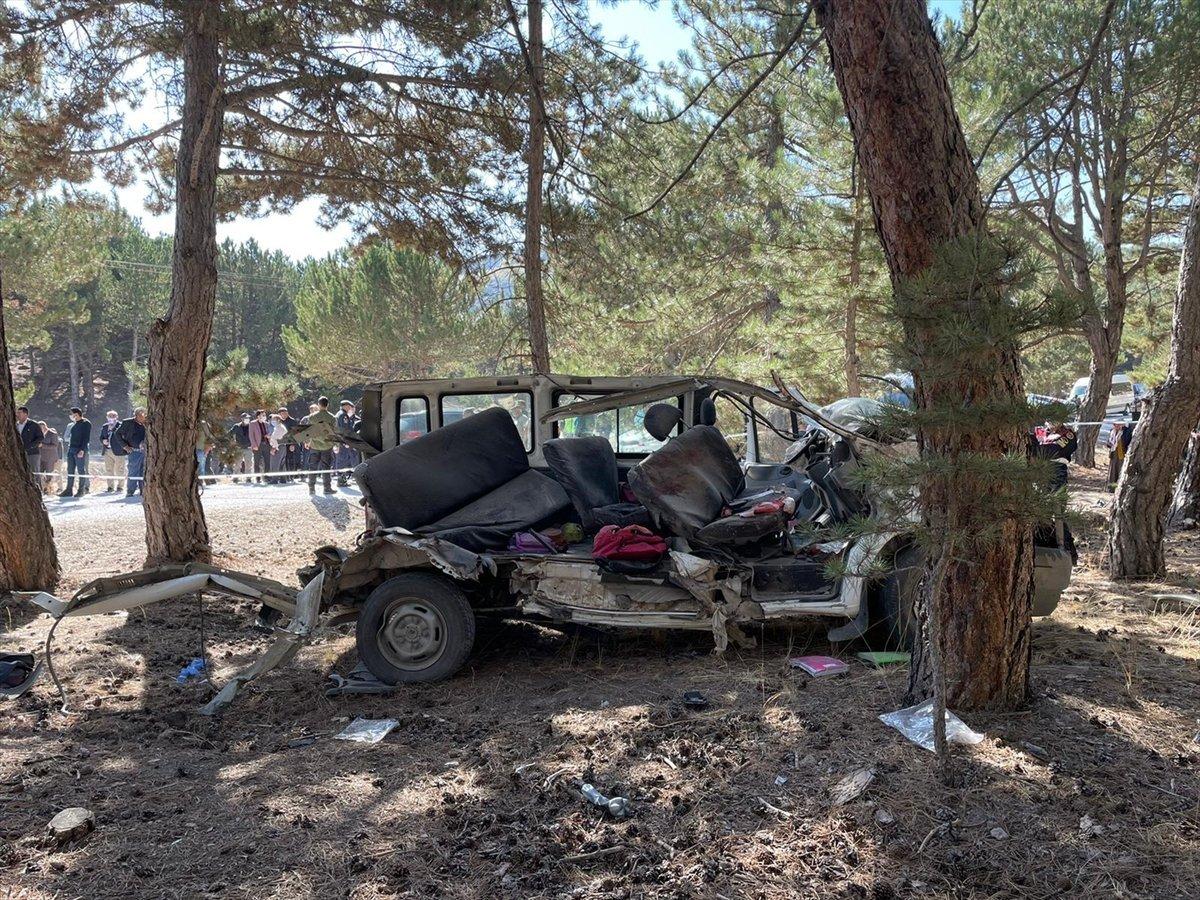 Afyonkarahisar da kaza yapan servis şoförüne tutuklama #3