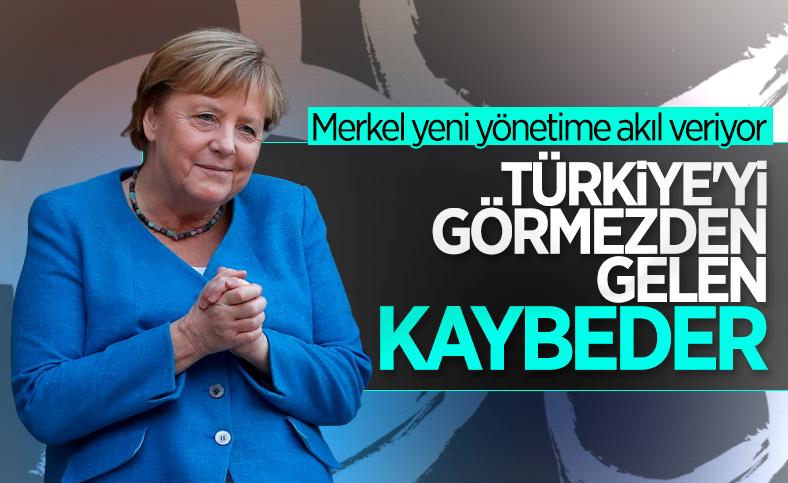 Angela Merkel: Türkiye'yi görmezden gelemezsiniz