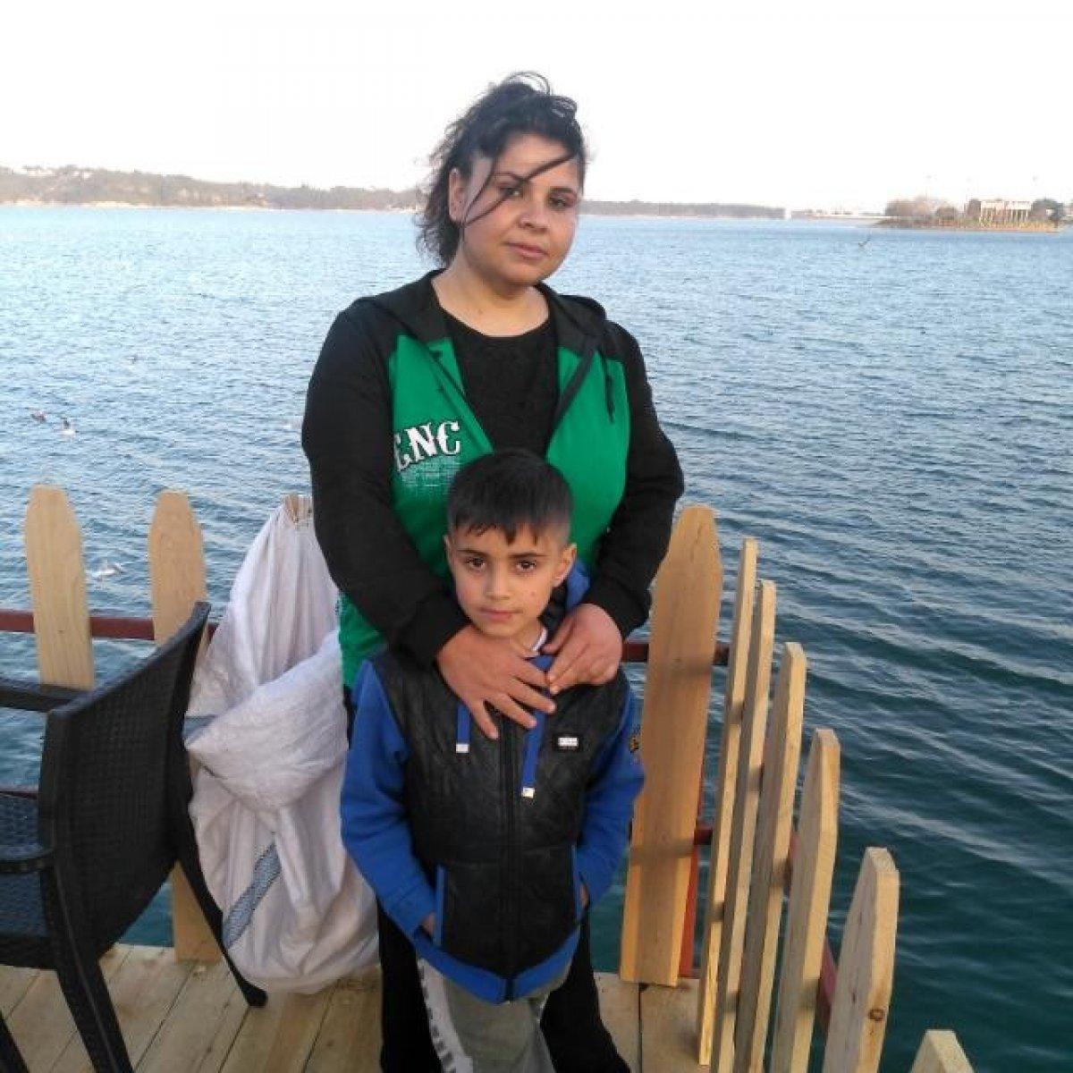 Adana da biber yediği için oğlu öldürülen anne, gözyaşlarını tutamadı #5
