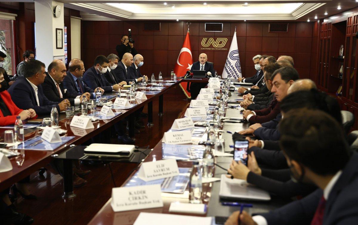 Adil Karaismailoğlu: Ülkemiz güçlü kara yolu sektörü ile ihracatını artırmaya devam ediyor  #2