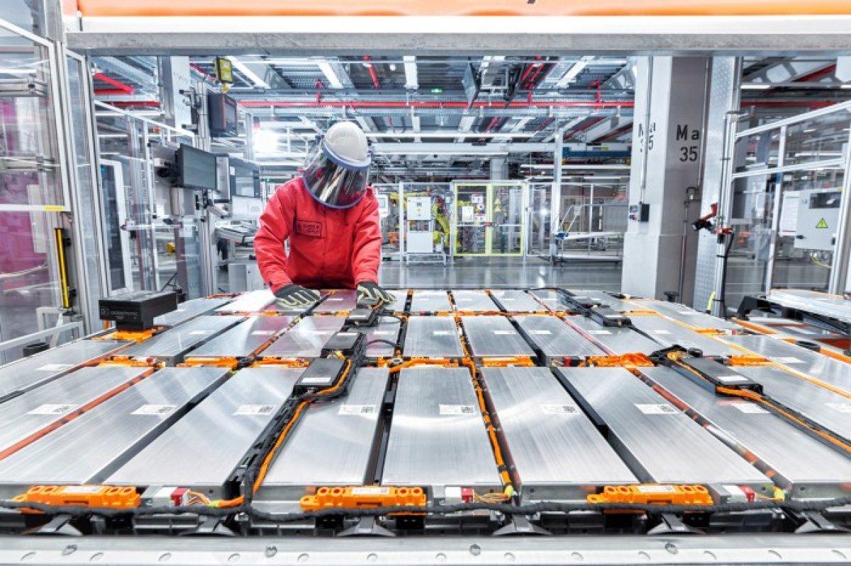 Avrupa nın otomobil üreticileri batarya hücresi kriziyle karşı karşıya #3