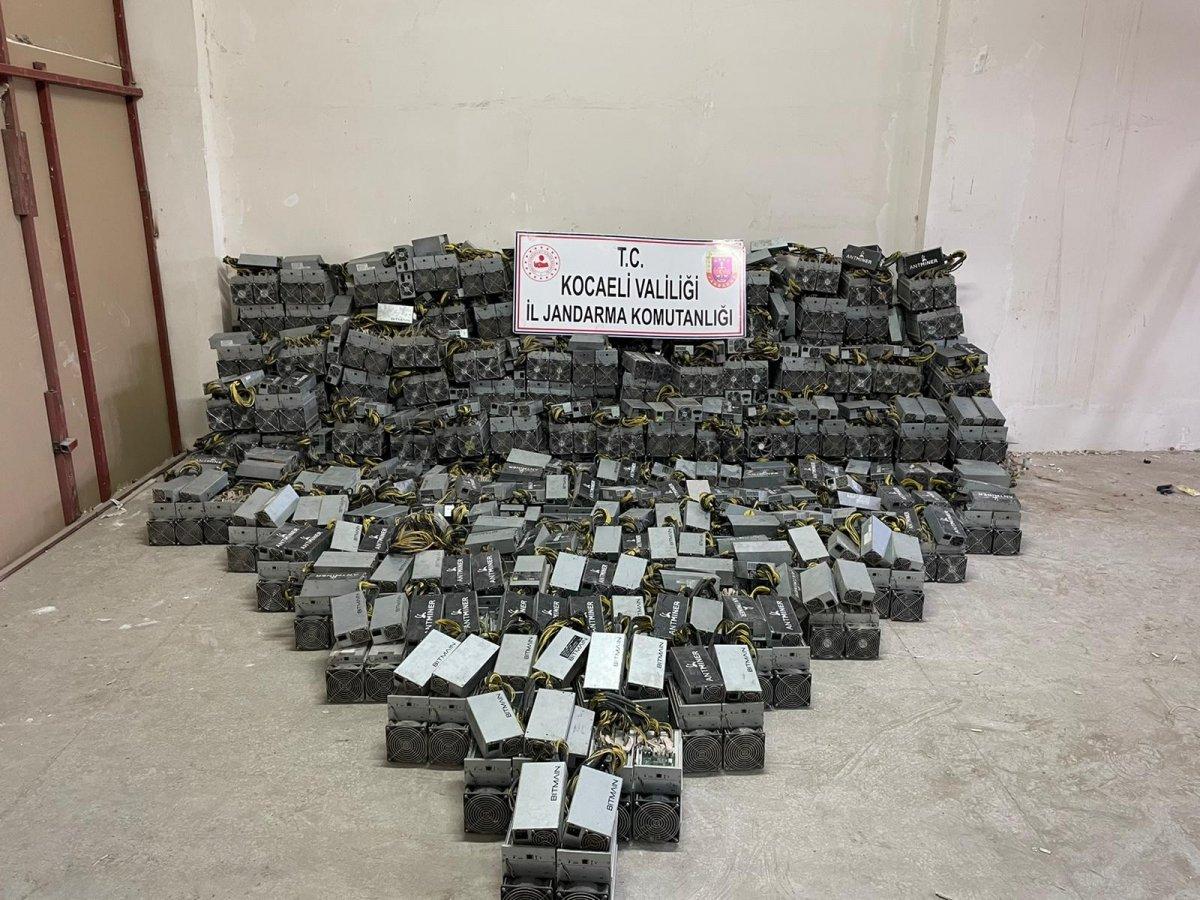 Kocaeli deki sahte Bitcoin üretim tesisine baskın düzenlendi #1