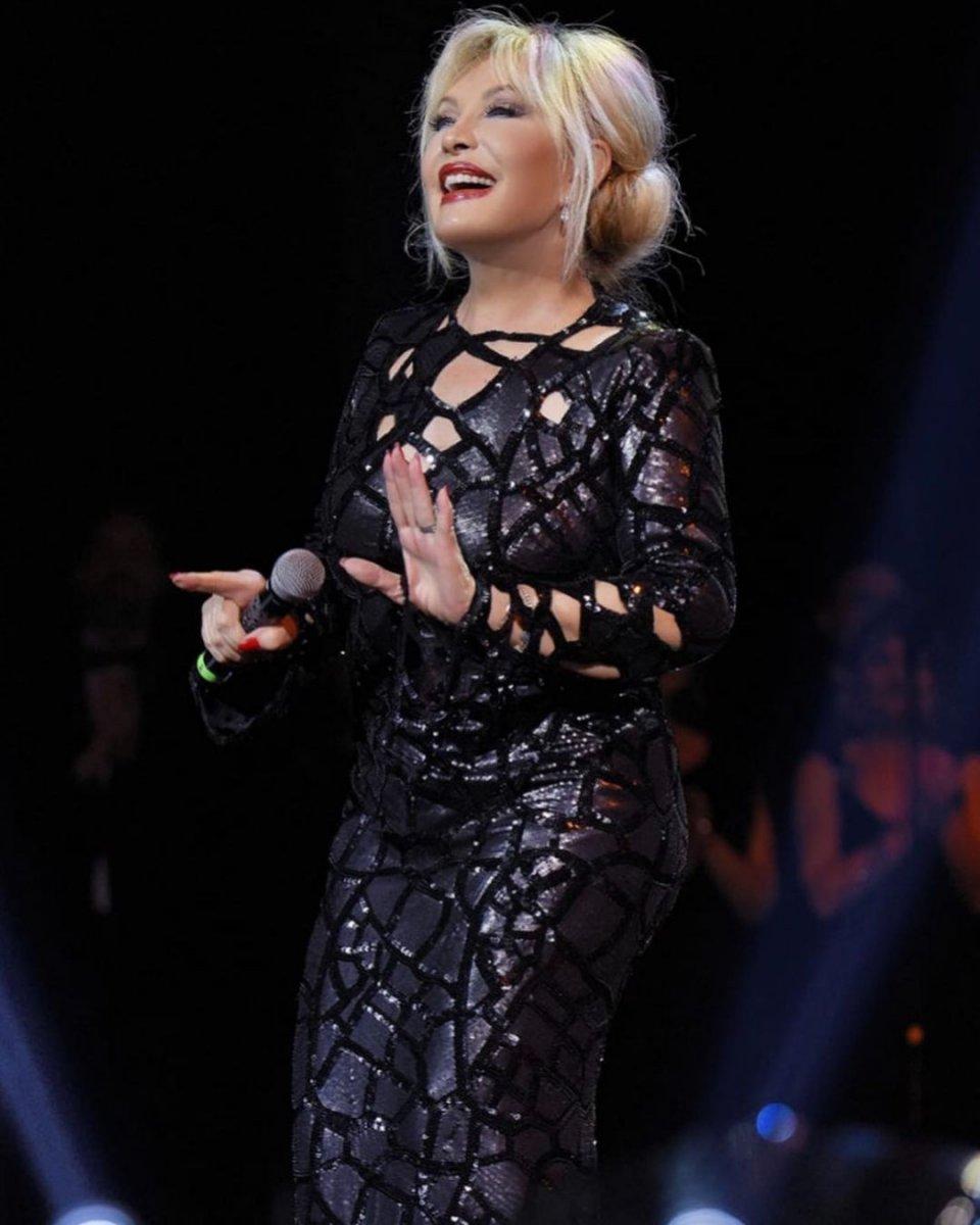 Emel Sayın, 10 konser için 5 milyon istedi #2