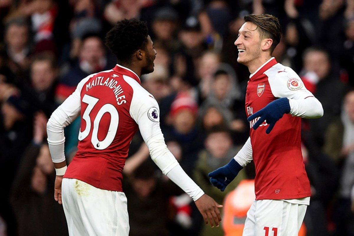 Maitland-Niles: En iyisi Mesut Özil #1