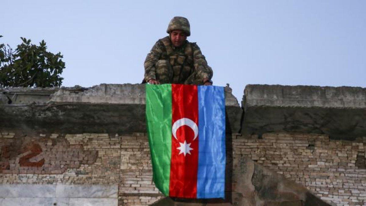 Karabağ da 1 Azerbaycan askeri şehit oldu #1