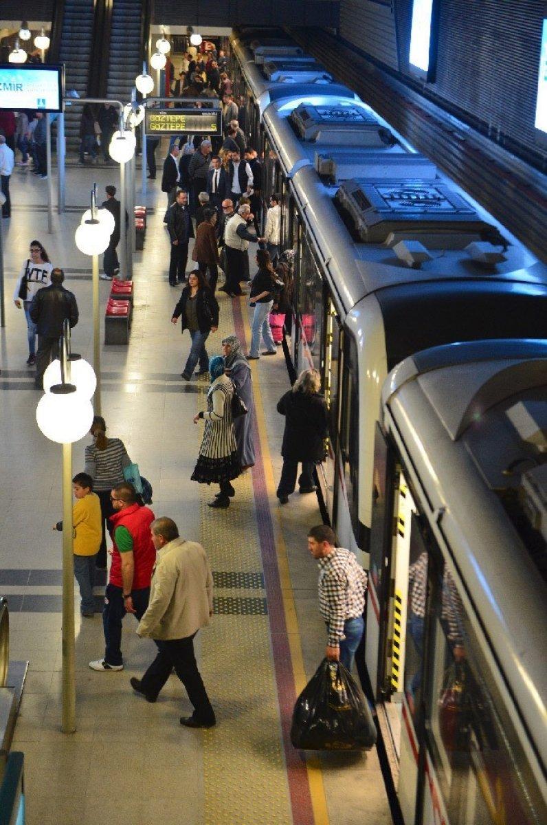 İzmir de metro ve tramvay çalışanları greve gidiyor #4