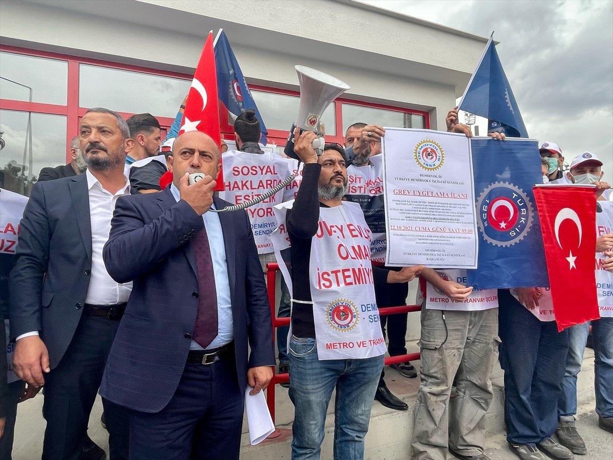 İzmir de metro ve tramvay çalışanları greve gidiyor #2