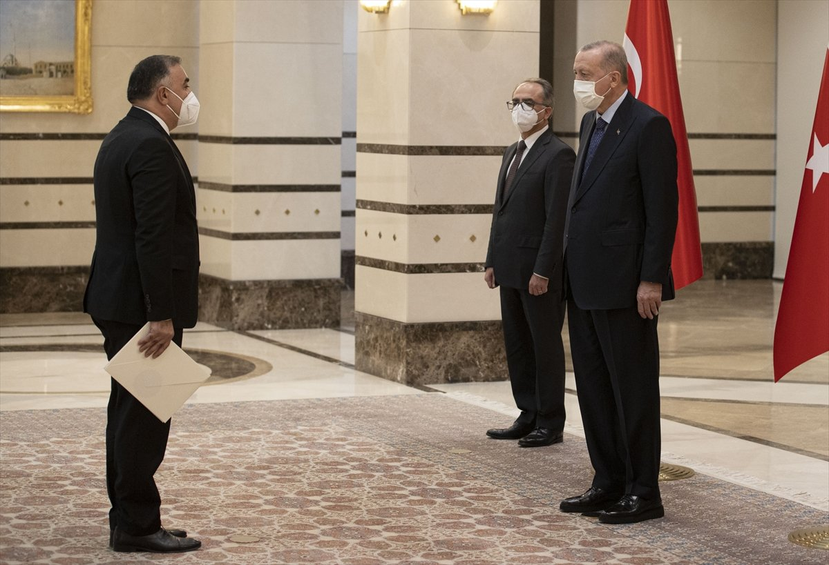 Azerbaycan ın Ankara Büyükelçisi Mammadov, Erdoğan a güven mektubu sundu #1