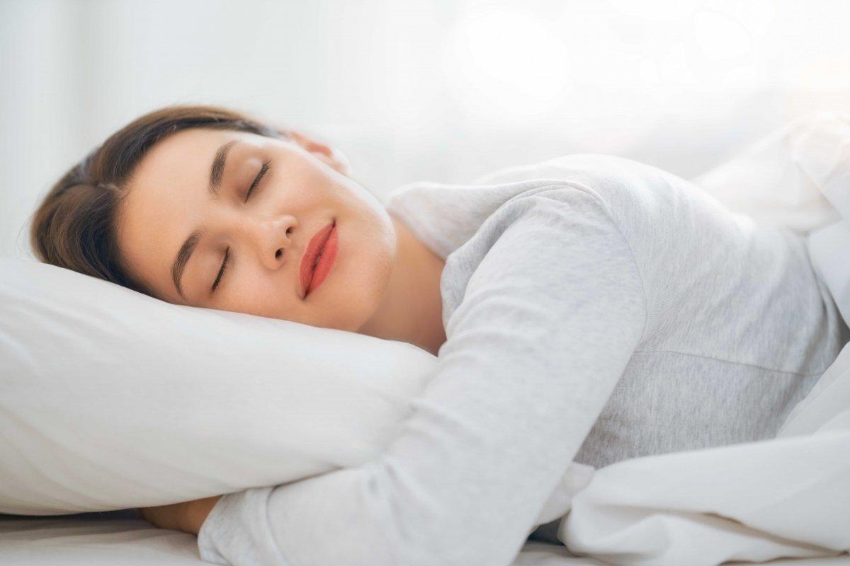 Sağlıklı uyku: Yetişkinler ve çocuklar kaç saat uyumalı #1