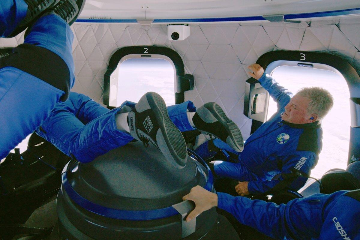 Prens William, milyarderlerin uzay yarışına tepki gösterdi #1