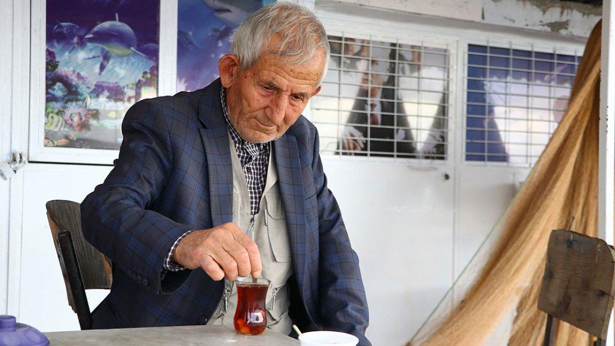 Tekirdağ da 64 yıllık balıkçı, 79 yaşına gelmesine rağmen denizden ayrılamıyor #3