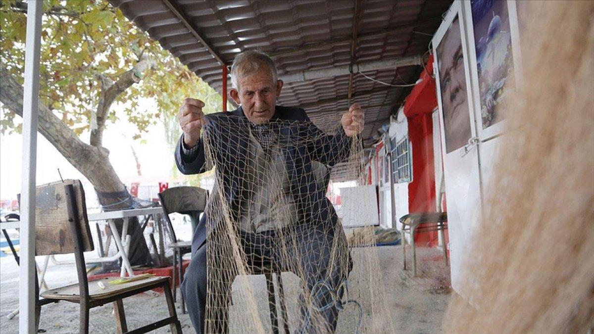 Tekirdağ da 64 yıllık balıkçı, 79 yaşına gelmesine rağmen denizden ayrılamıyor #2