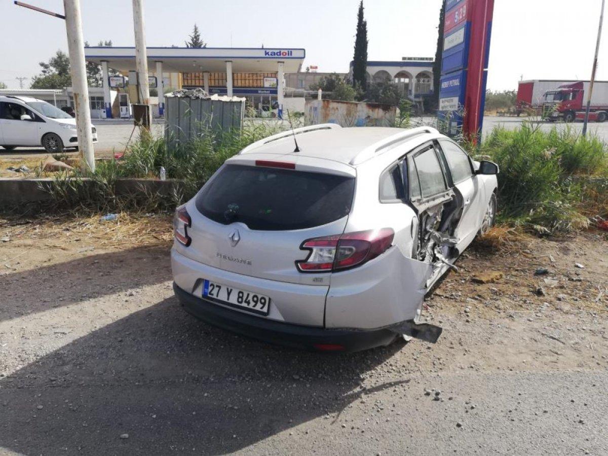 Gaziantep te meydana gelen kazada 3 kişi yaralandı #2