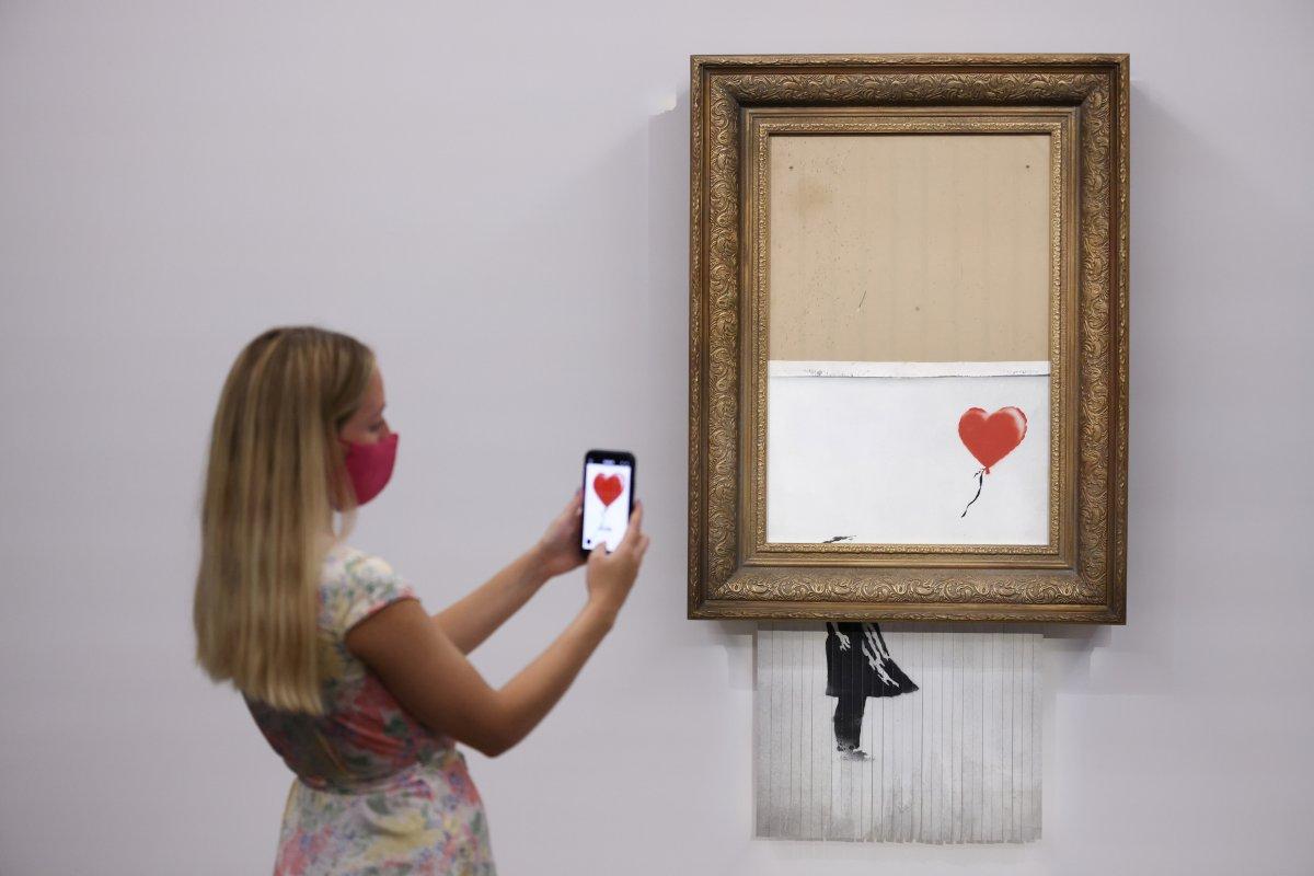 Banksy nin parçalanan eseri, 18.5 milyon sterline satıldı #3