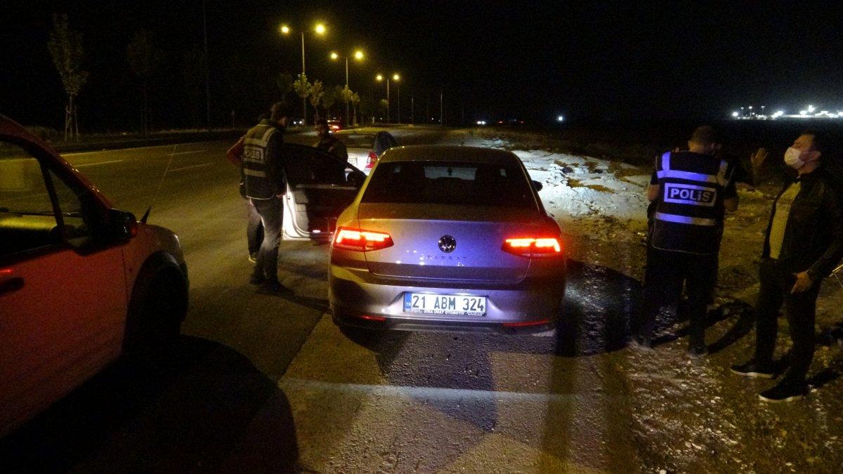 Diyarbakır da şikayet üzerine polisler denetleme gerçekleştirdi #1
