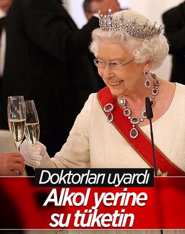 Kraliçe 2. Elizabeth'i doktorları uyardı: Alkol almayın