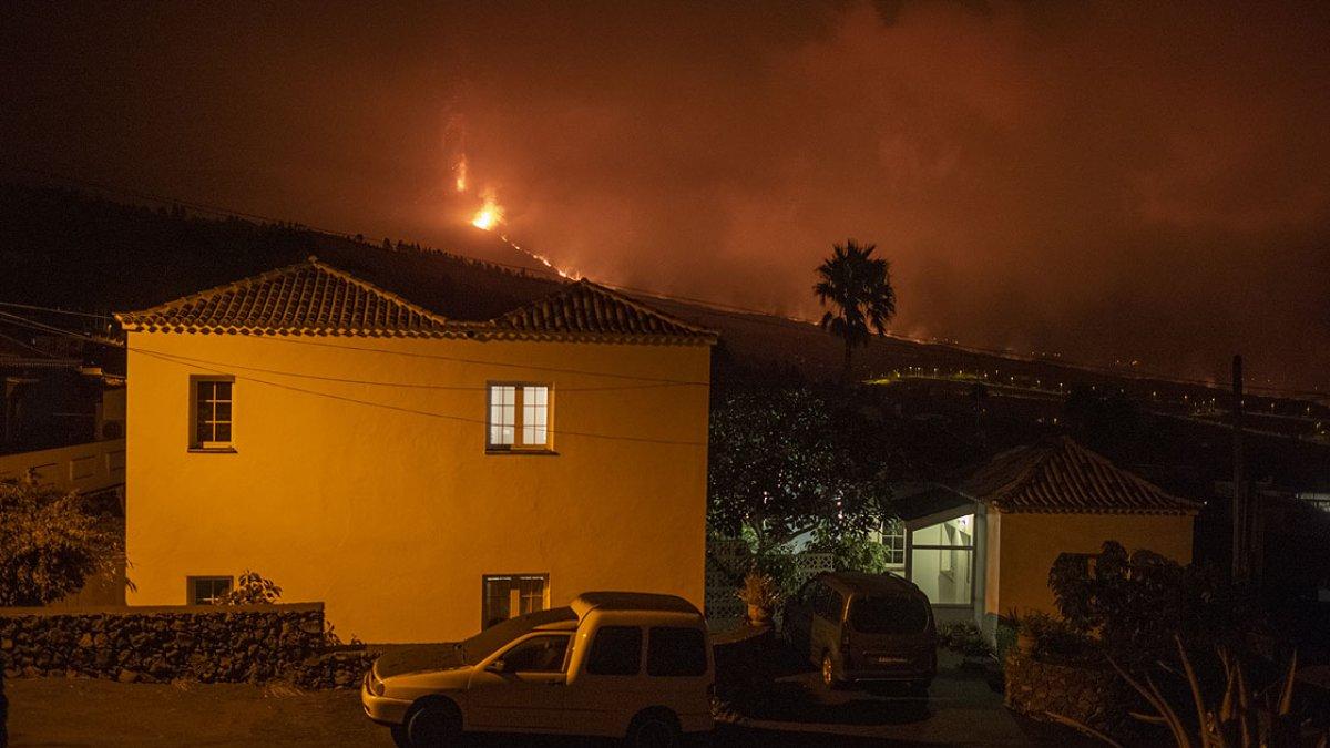 La Palma Adası ndaki lavlar son 24 saatte 90 eve daha zarar verdi #2