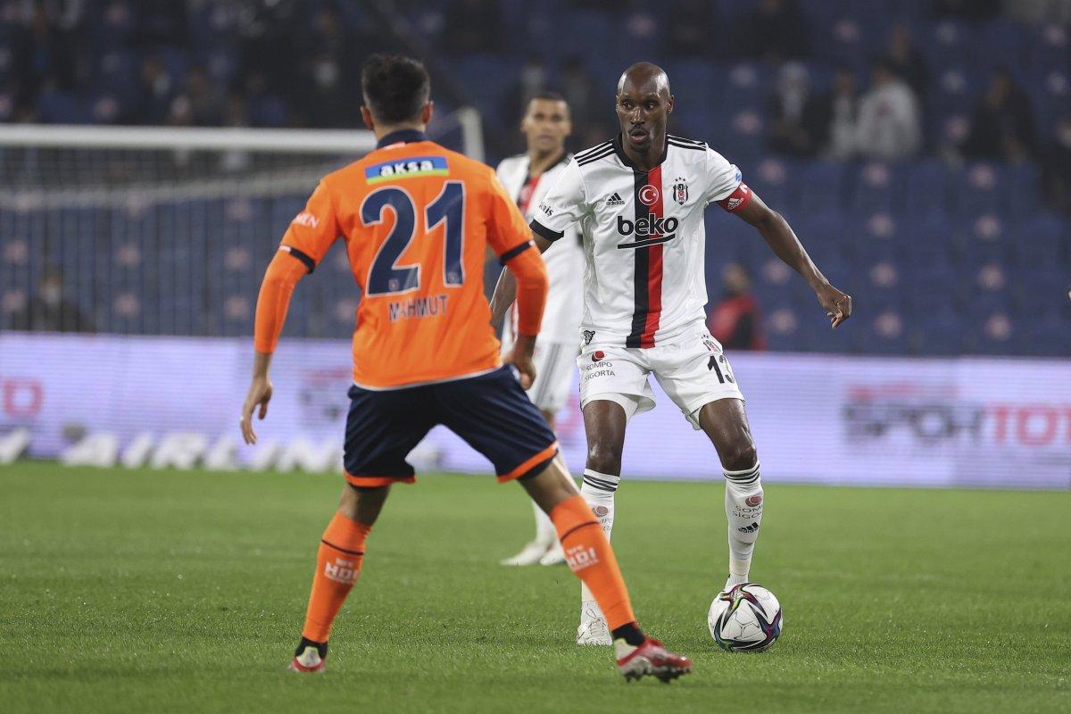 Beşiktaş ta Atiba Hutchinson sakatlandı #1