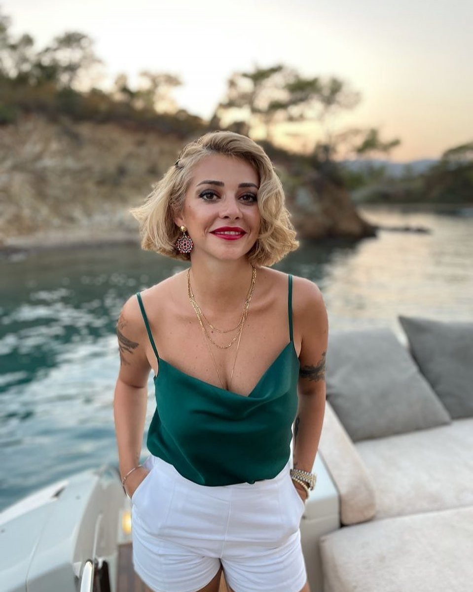 CHP li Feyza Altun: AK Partili herkesten nefret ediyorum #2