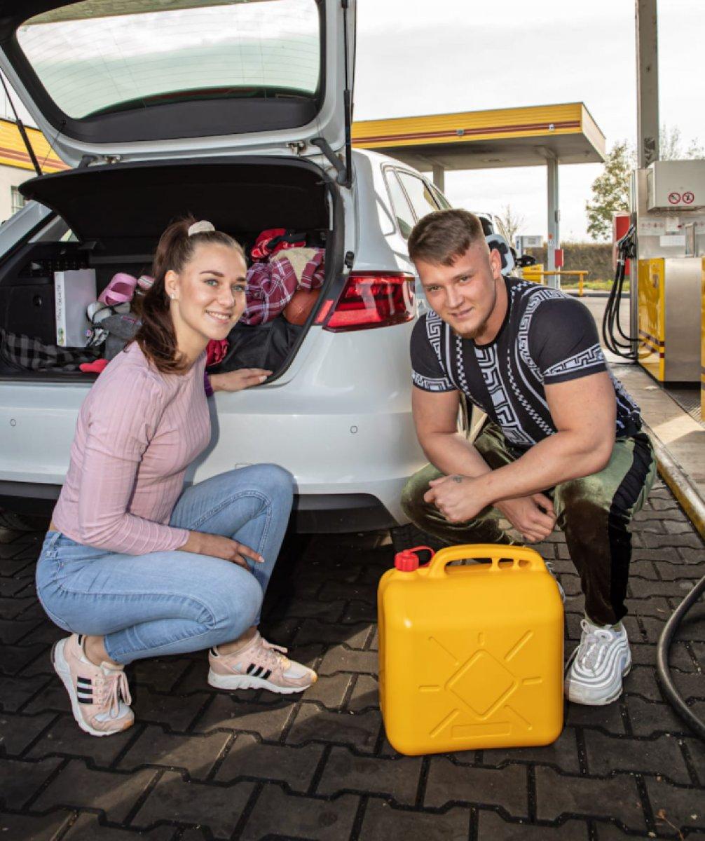 Almanlar depolarını Çekya da ucuz benzinle dolduruyor #3