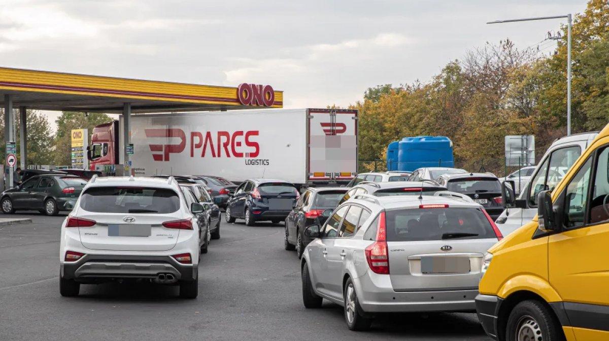 Almanlar depolarını Çekya da ucuz benzinle dolduruyor #1