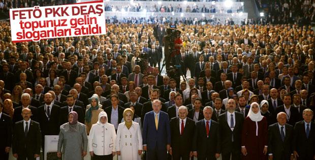 AK Parti kongresinde FETÖ, PKK ve DEAŞ karşıtı sloganlar