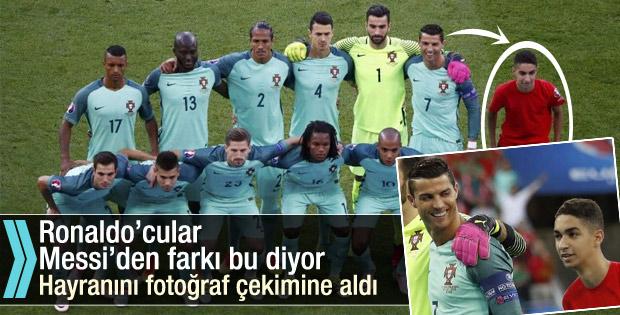 Ronaldo hayranıyla maç öncesi fotoğraf çektirdi