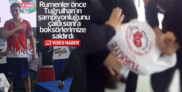 Rumen güvenlik görevlileri boksörlerimize saldırdı
