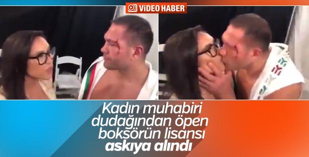 Muhabiri dudağından öpen boksörün lisansı askıya alındı