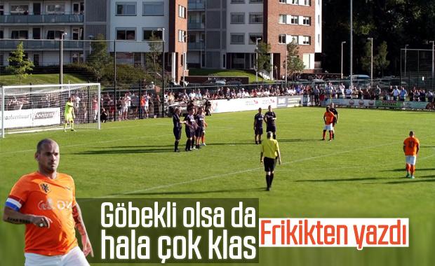 Sneijder frikikten nefis gol attı