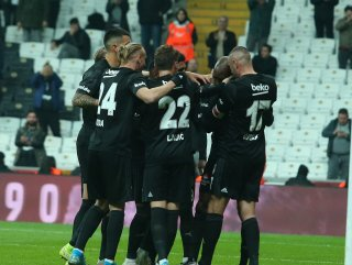 Beşiktaş, Kayserispor'u rahat yendi #1