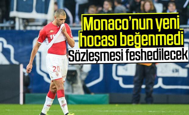 Monaco, Islam Slimani'yi gönderiyor