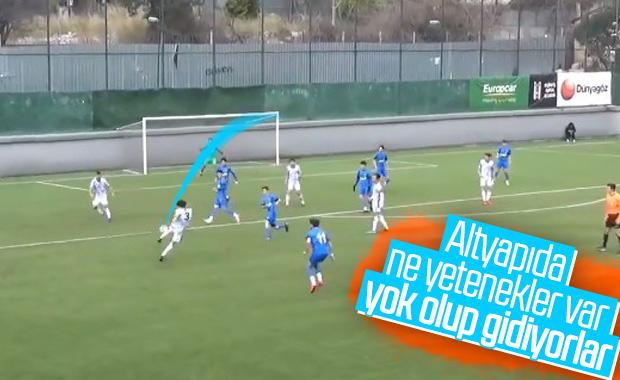 Beşiktaş'ın genç oyuncusundan harika gol