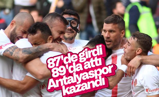 Antalyaspor, Podolski'yle kazandı