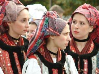 Macaristan göçüyor