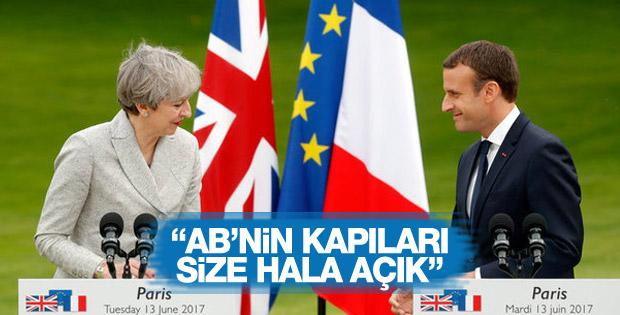 Fransa Cumhurbaşkanı: İngiltere'ye AB kapıları hala açık